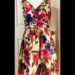 Jessica H Floral Print dress with pockets